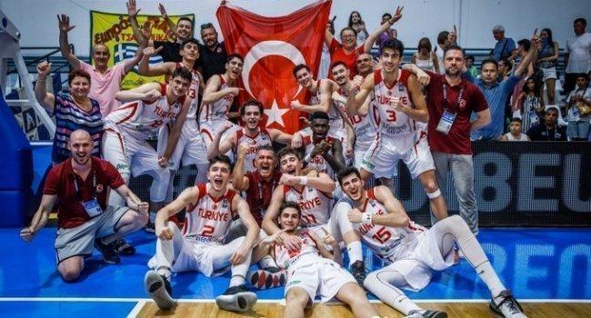 Türkiye 18 Yaş Altı Erkekler Avrupa Şampiyonası'nda 2. oldu!