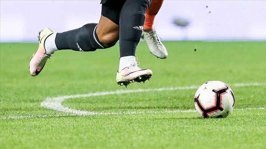 Korona'ya yakalanan ilk futbolcu