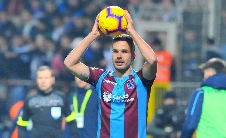 Filip Novak 3 yıl daha Trabzonspor'da