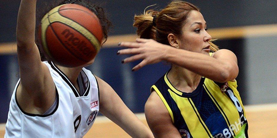 Esra Şencebe, Fenerbahçe | Diyagonal Dergi